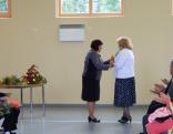 un latviešu valodas un literatūras skolotājas Veronikas Dundures audzēkņi.