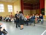 Skolēnu apliecību no direktores rokām saņēma arī 10. klases audzēkņi. šogad 10. klasē Nautrēnu vidusskolā mācības uzsāka 21 jaunietis, ne tikai no Rēzeknes novada vien.
