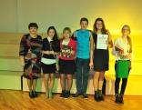 Konkursa uzvarētāji - Feimaņu pamatskolas komanda. Skolēnus spēlei sagatavoja vēstures skolotāja Marija Smirnova