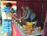 """Šoreiz gaļas izstrādājumus bija atveduši kaimiņi no Bērzpils - z/s """"Dižajāri"""""""