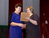 Pateicību nominācijā Gada amatnieks/mājražotājs saņem Ināra Sarnoviča