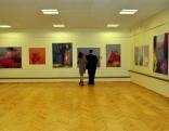 Pasākuma apmeklētāji varēja apskatīt Ingas Onževas gleznu izstādi