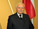 Jāzeps Selickis, pensionārs, aktīvs pagasta iedzīvotājs, līdz 1994. gadam strādāja par Stoļerovas pagasta izpildkomitejas priekšsēdētāju