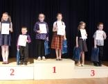 Uzvarātuoji 1.-4. klašu grupā - 1. vītā Anna Umbraško, Katrīna Mivrenīka, 2. vītā Ralfs Žukovskis, Agija Vonoga, 3. vītā Elīna Poča, Katrīna Jermacāne, Markuss Seimuškins.