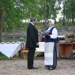 Čornajas pagasta pārvaldes vadītājs Oļegs Kvitkovskis un Aglonas maizes muzeja vadītāja Vija Kudiņa