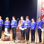 Kamolā tinēja - dzied bērzgalieši