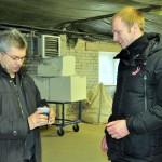 SIA THERMEKO Tehniskās nodaļas vadītājs Jurijs Timofejevs un konkursa vērtēšanas komisijas priekšsēdētājs Kaspars Melnis