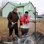 Pavāres Aina Vincukova un Regīna Aleksāne