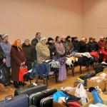 Sanākušie ar klusuma brīdi piemin labdarības akcijas idejas autori Margitu Rappu
