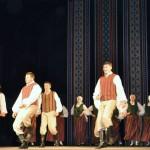 Kaunatas pagasta vidējās paaudzes deju kolektīvs Kaunata
