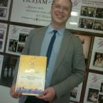 Rēzeknes novada un Jāņa Ivanova mūzikas vidusskolas pūtēju orķestra diriģents Romāns Ivanovs ar Zelta diplomu