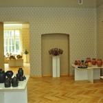 Keramikas izstāde Lūznavas muižas telpās