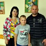 Viktors ar vecākiem Irinu un Aleksandru Šemeņeviem