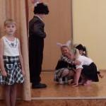 Teātra pulciņš dāvana skolotājiem ludziņa