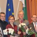 Maltas Goda pilsoņi kopā ar pagasta pārvaldes vadītāju Vitāliju Skudru