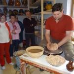 Andris Ušpelis ar Impro tūristu grupu. Foto: Anna Rancāne