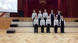 Rīgas Imantas vidusskolas 1. klases zēnu koris Auseklītis (vadītājs Eduards Grāvītis)