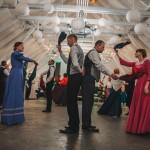 Muižas kadriļu dejotāji Leģendu nakts kadriļu ballē