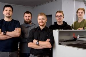 No kreisās puses: Dainis Kļaviņš, Ritvars Rēvalds, Edgars Zaicevs, Iļja Sučkovs, Raitis Rudzišs (SIA