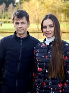 Jurijs Mežeckis ar dzīvesbiedri Jekaterinu Silovu, SIA